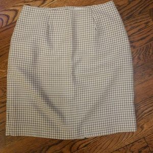 Daily Habit Skirts - Checkered business skirt with slit